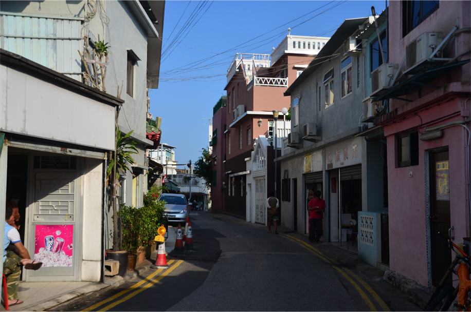 Village road, Shek O