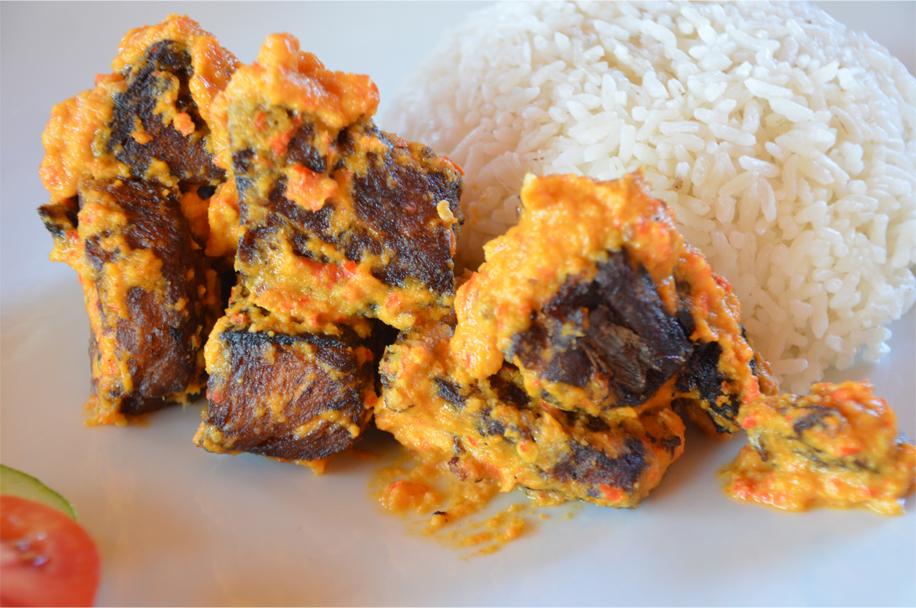 Ikan bakar pelecing - grilled fish in sambal