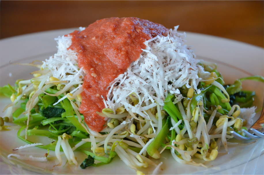 Pelecing kangkung - water spinach, beansprouts and grated coconut in tomato & chilli sambal