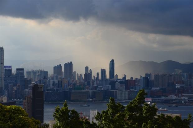 HK rain shower