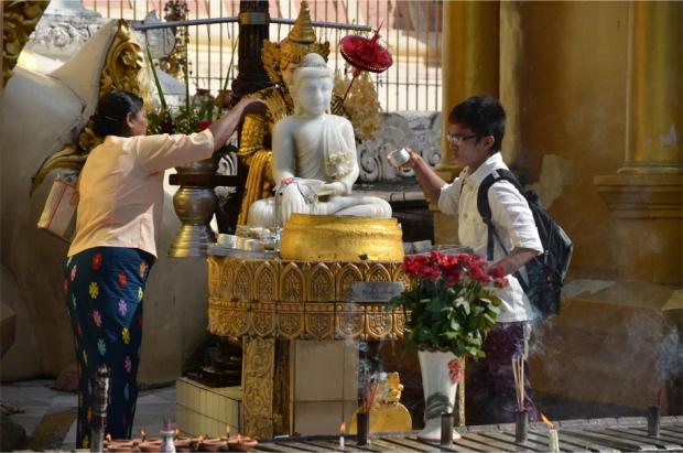 Shwedagon_13