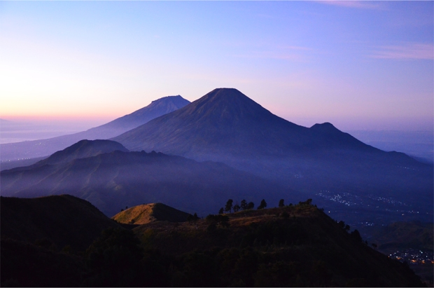 Mt. Sindoro (centre) and Mt. Sumbing, two more active volcanoes