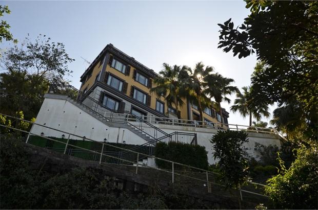A pseudo-Mediterranean mansion